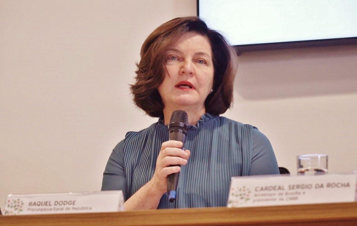 """Raquel Dodge: """"Campanha pede políticas públicas que ensejem vida digna para todos"""""""