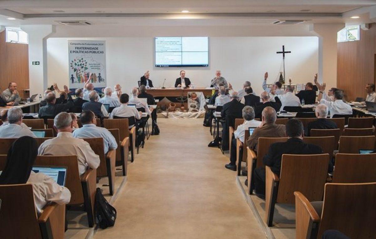 Bispos do Conselho Permanente recebem propostas de atividades relacionadas ao MME