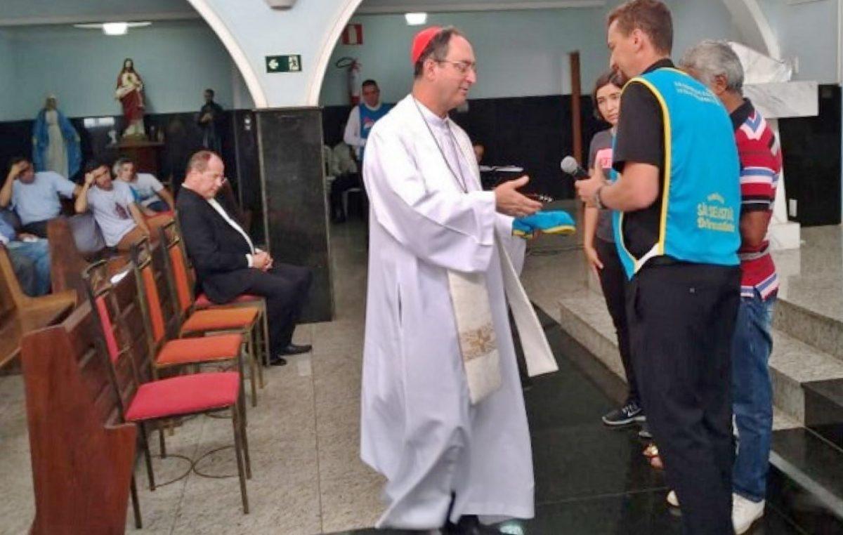 Presidente da CNBB, cardeal Sergio da Rocha, visita familiares de vítimas de Brumadinho (MG)