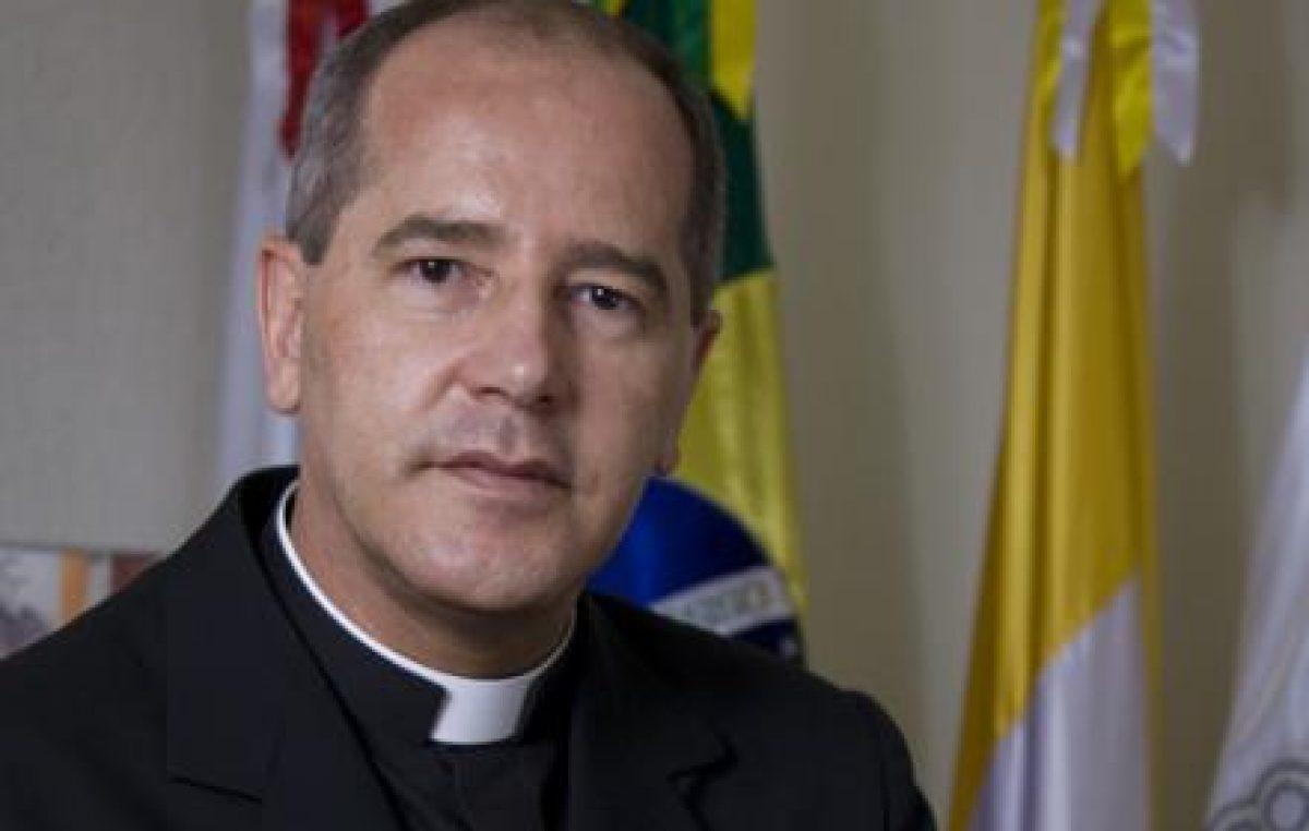 """""""Francisco nutre no coração da humanidade sinais de esperança"""", diz arcebispo de BH"""