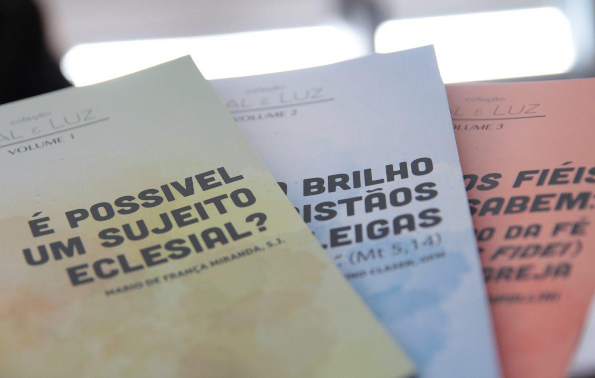 """Edições CNBB lança coletânea de reflexões para o Ano Nacional do Laicato, a """"Sal e Luz"""""""