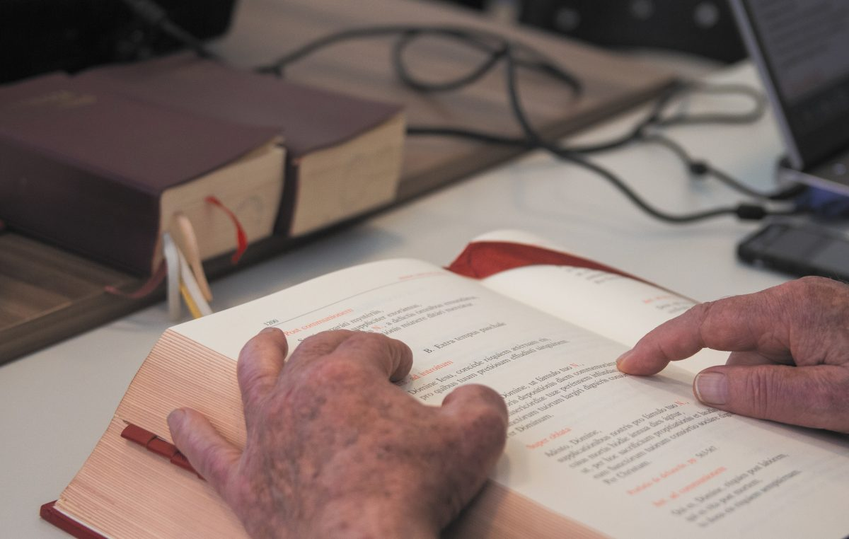 Comissão Episcopal de Textos Litúrgicos deve concluir tradução do missal romano até 2019