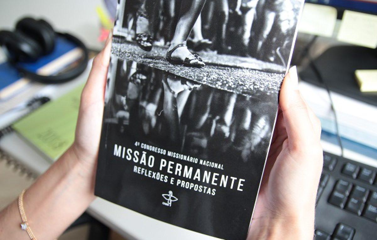 CNBB lança livro com a síntese do legado do 4º Congresso Missionário Nacional