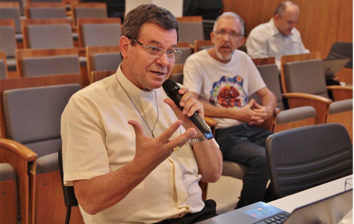"""Dom Severino Clasen: comissão """"está no clima"""" do Ano Nacional do Laicato"""