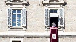 Proteção de menores: Papa convida a rezar pelo encontro no Vaticano