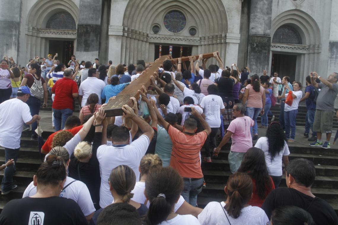 Caminhada Penitencial da Igreja Nossa Senhora da Saúde até a Catedral Metropolitana de Fortaleza