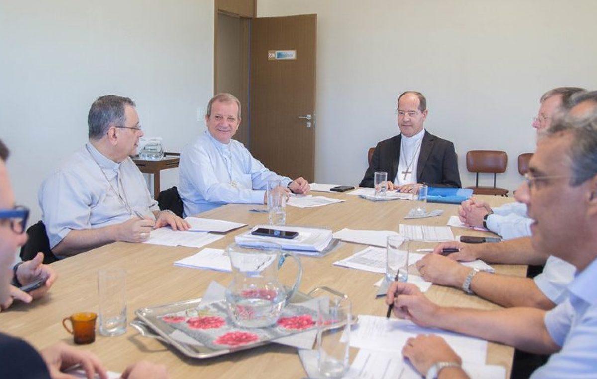 Presidência da CNBB realiza primeira reunião na sede da entidade, em Brasília